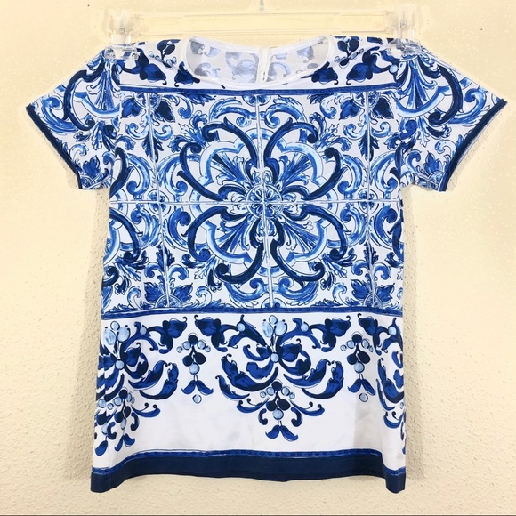 a22a1a3d Dolce & Gabbana Girls Majolica Tile Print Tee Top.  M_5c1bf1d77386bc1292576d72